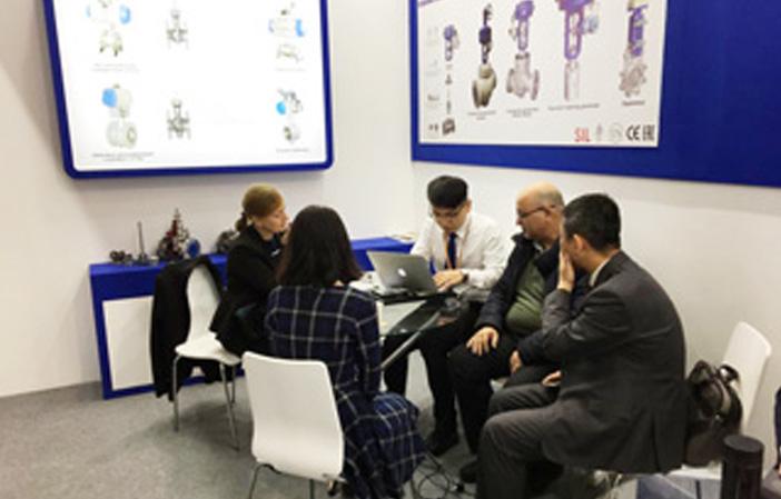 中控成功参加俄罗斯第19届国际石油天然气工业设备及技术展览会